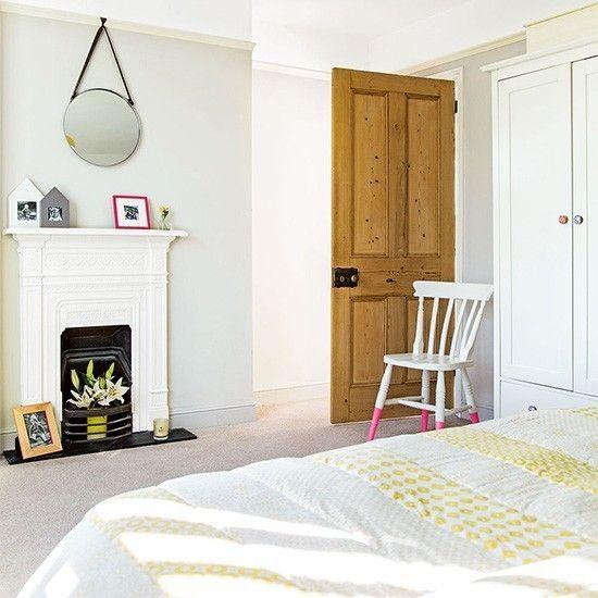 dekorativer-kamin-im-schlafzimmer