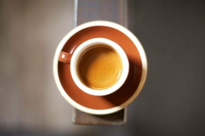 der-perfekte-espresso-ist-immer-schaumbedeckt