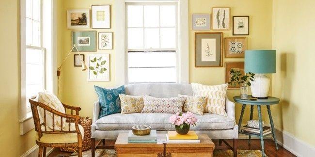 freundlich-und-licht-laden-helle-farbnuancen-in-diesem-wohnzimmer-zum-traumen-ein