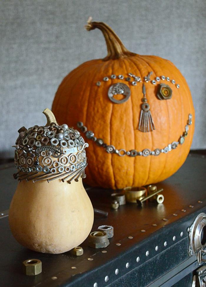 kurbis-in-steampunk-style-dekoriert-kurbis-deko-fur-halloween
