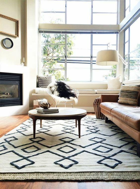 kelim-schwarz-weis-minimalistisc-teppiche