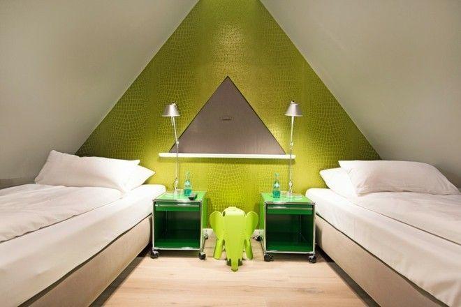 kleine-moderne-jugendzimmer-mit-schlafplatz-grunen-wanden