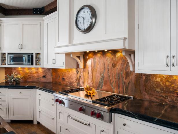 marmor-an-der-kuchenruckwand