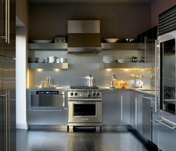 modern-kuchenspiegel-aus-edelstahl