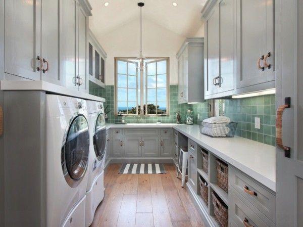 moderne-waschkuche-sehr-gut-ausgestattet