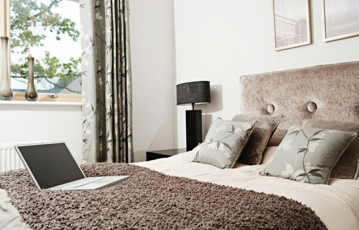 modernes-schlafzimmer-elegant-komfortabel-und-stilvoll