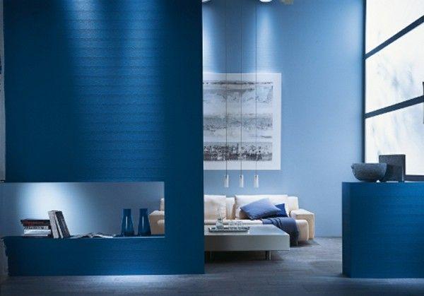 saphirblau-wandfarbe-blau