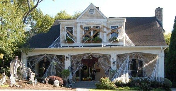 spukhaus-zu-halloween-fantasie-und-kreativitat