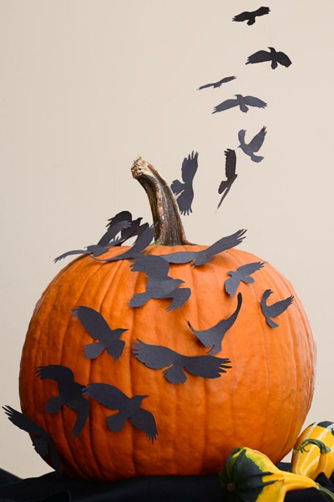 vogelschar-kurbis-deko-kurbis-deko-fur-halloween