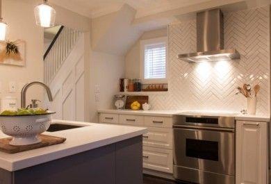 k chenspiegel zeigen sie stil und klasse mit der auswahl ihrer k chenr ckwand. Black Bedroom Furniture Sets. Home Design Ideas