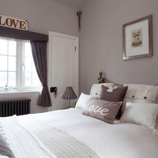 kleinen-schlafzimmers-grau-weis-und-steingrau