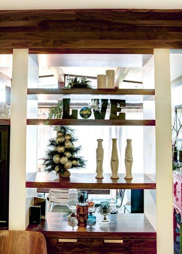 christbaum-deko-artikel-regal