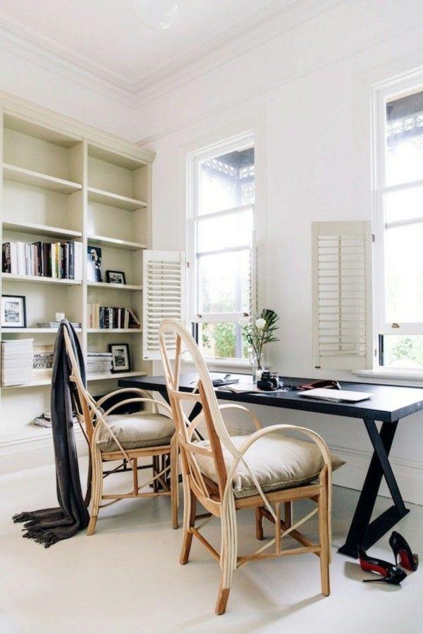 elegantes-heimburo-schwarze-mobel