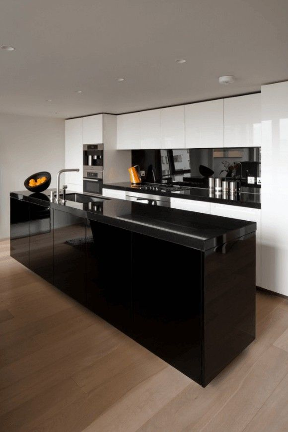 kuche-hochglanz-schwarz-moderne-kuchen-bilder