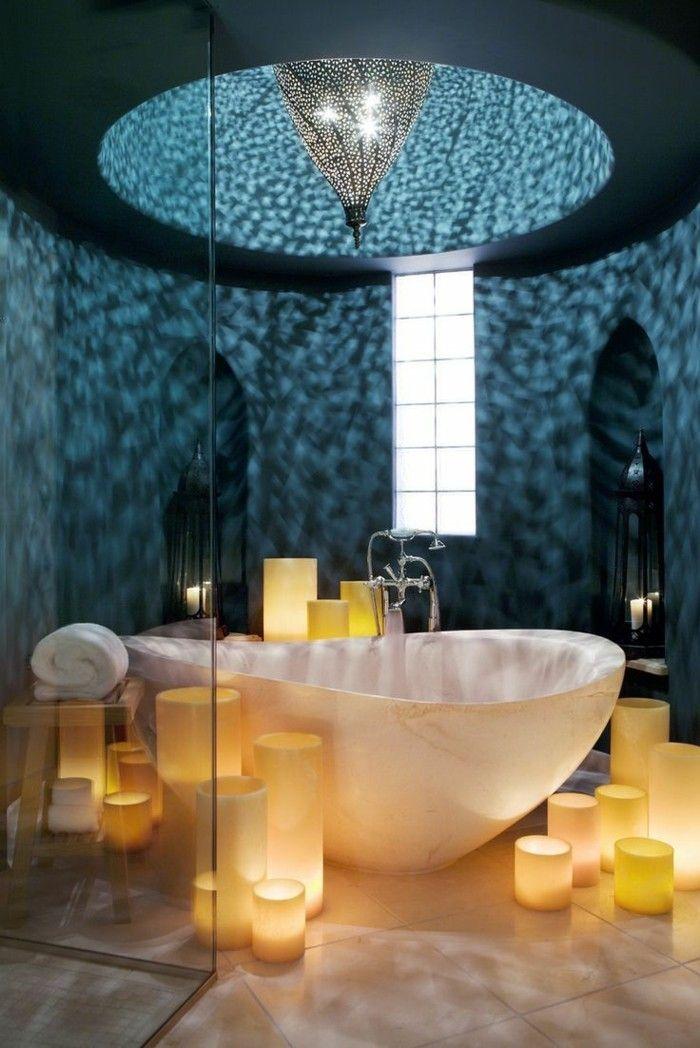 kerzen-sorgen-fur-eine-angenehme-atmosphare-im-bad