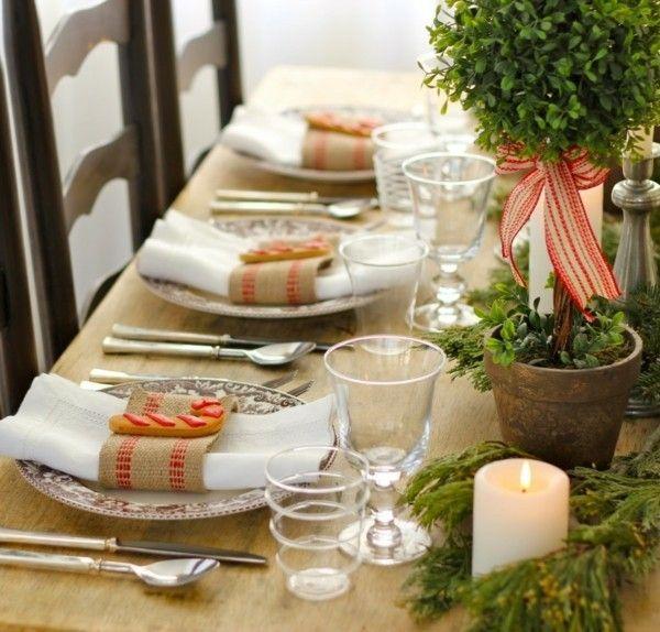 kerzen-weihnachtliche-deko-tisch