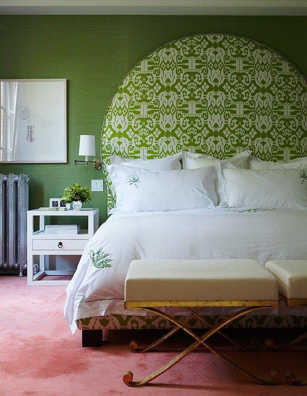 modernes-schlafzimmer-grune-wandfarbe