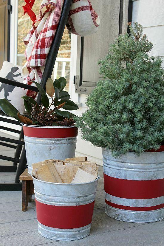 pflanzen-metall-ideen-fur-weihnachtsdeko-im-garten
