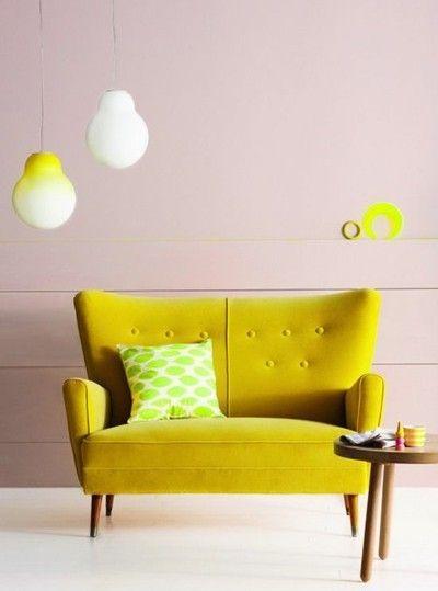 sofa-in-gelb-fur-kleines-wohnzimmer