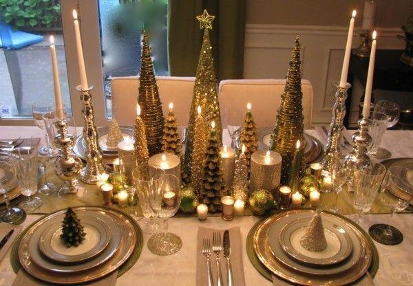 weihnachtstisch-gold-und-silberglanz-weihnachtsdeko-kerzen-kerzenstander-i