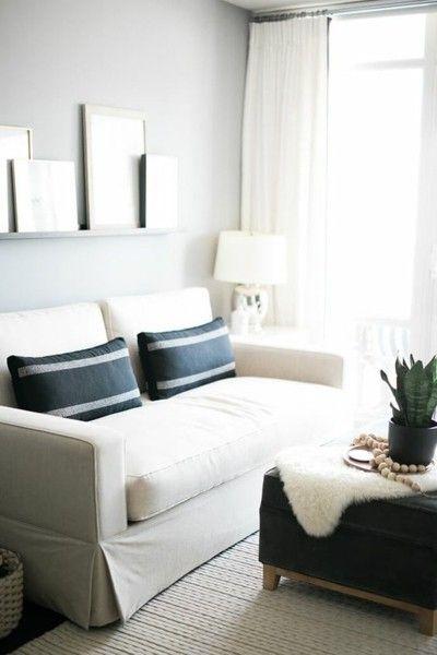 wohnzimmer-weis-sofa-deko
