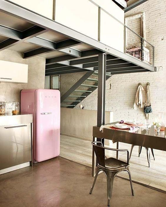 industrial-style-mobel-holzboden-wohnung