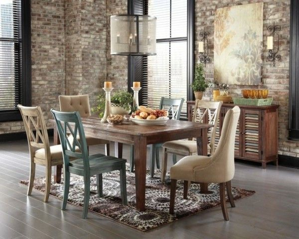 luxus-esszimmer-mit-rustikal-tischdeko