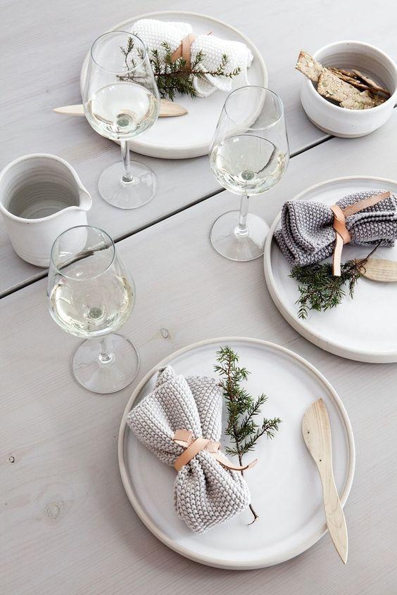 modern-skandinavisch-tischgestaltung-weihnachten