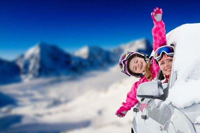 eine-winterreise-mit-der-ganzen-familie-kann-im-sicheren-und-gut-gepflegten-auto-ein-groses-vergnugen-sein