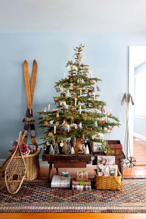 weihnachtsbaum-dekoration-mit-weihnachtskerzen