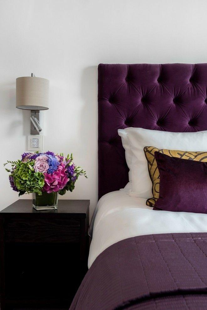 modernes-schlafzimmer-lila-weis-kontrast