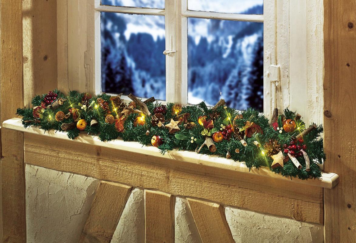 die girlande zu weihnachten so kann sie gebastelt und aufgeh ngt werden. Black Bedroom Furniture Sets. Home Design Ideas