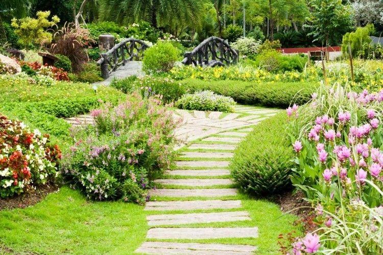 Gartengestaltung Schönheit der Natur Natursteinplatten