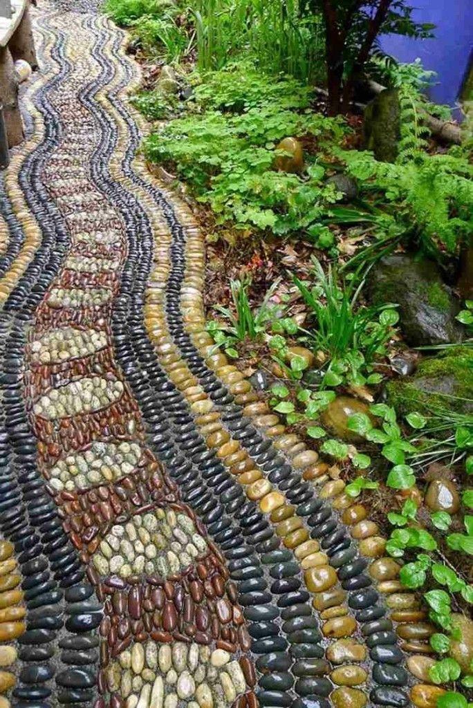 Gartenweg gestalten Mosaik