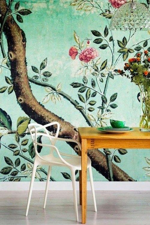 Herrliche Blüten schaffen eine stimmungsvolle Atmosphäre in den eigenen vier Wänden.