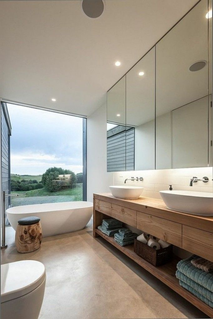 panoramablick-von-einem-modernen-badezimmer