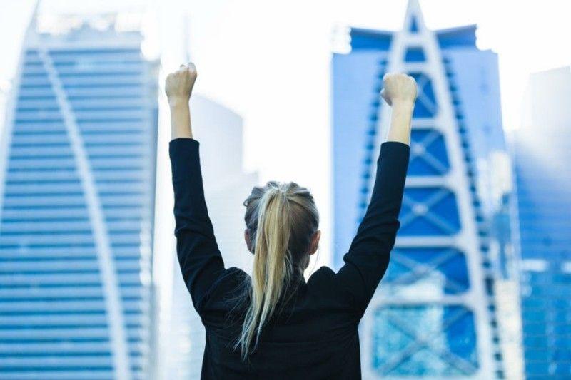 Stier- Jahreshoroskop viel Glück Erfolg im Job Glücksmomente - Freude