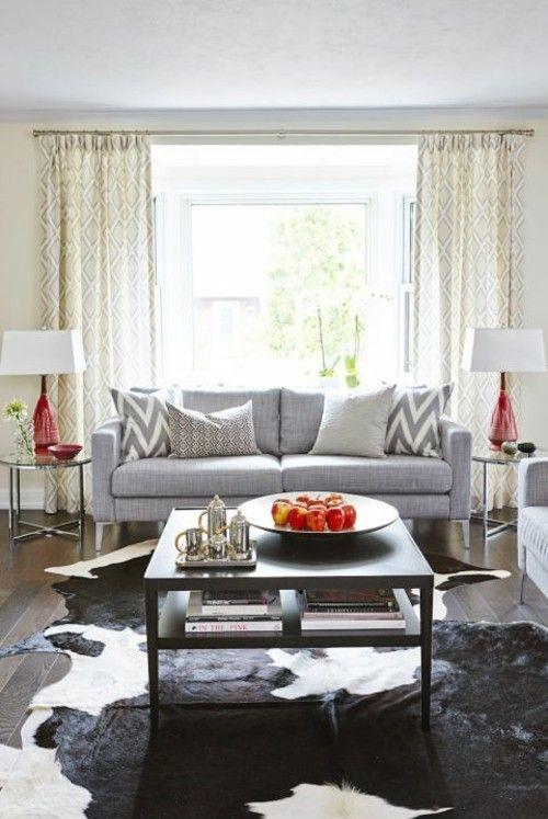 Wohnzimmer exotische Note Fellteppich Wärme ins Ambiente einführen
