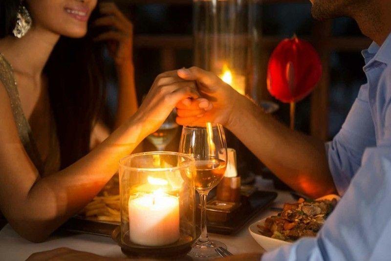 romantische Dinner gemütliche Stunden - zu zweit beim Kerzenlicht