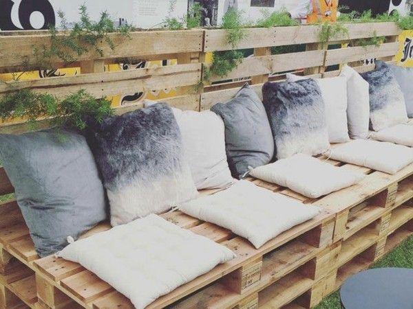 Sofa aus paletten ein praktisches m bel f r drinnen und drau en - Tornio per legno fatto in casa ...