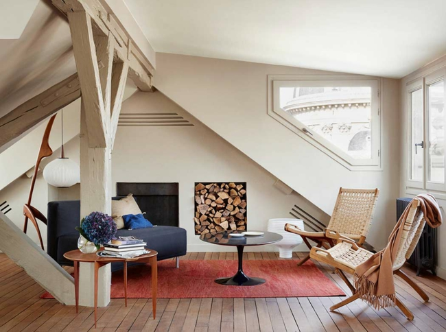wohnzimmer auf dem dachboden echtes symbol f r gem tlichkeit und stil. Black Bedroom Furniture Sets. Home Design Ideas