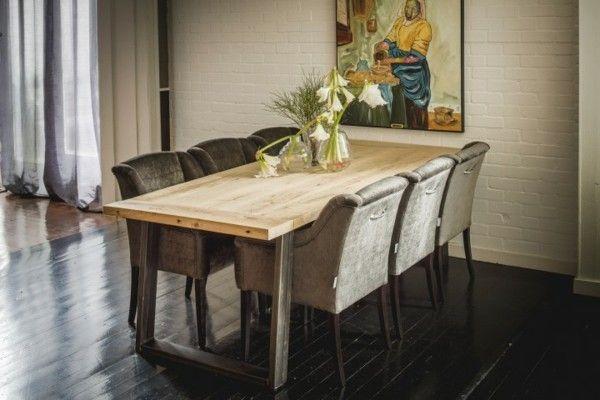antike m bel erz hlen geschichten und verleihen ihren vier. Black Bedroom Furniture Sets. Home Design Ideas