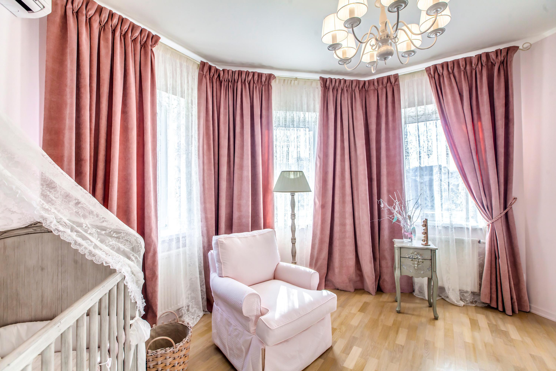 ein babyzimmer gestalten bringen sie liebevoll ihren praktischen und sthetischen sinn unter. Black Bedroom Furniture Sets. Home Design Ideas