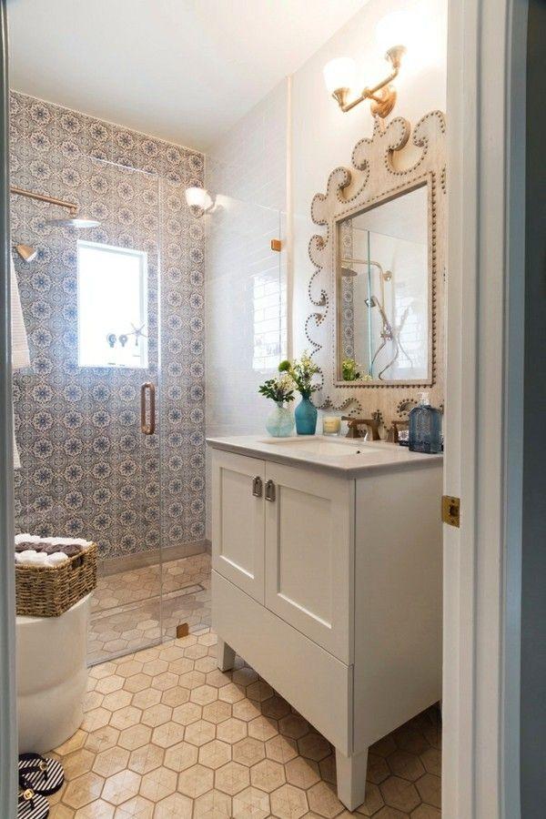 So können Sie nur mit einem Spiegel das Badezimmer edler gestalten ...