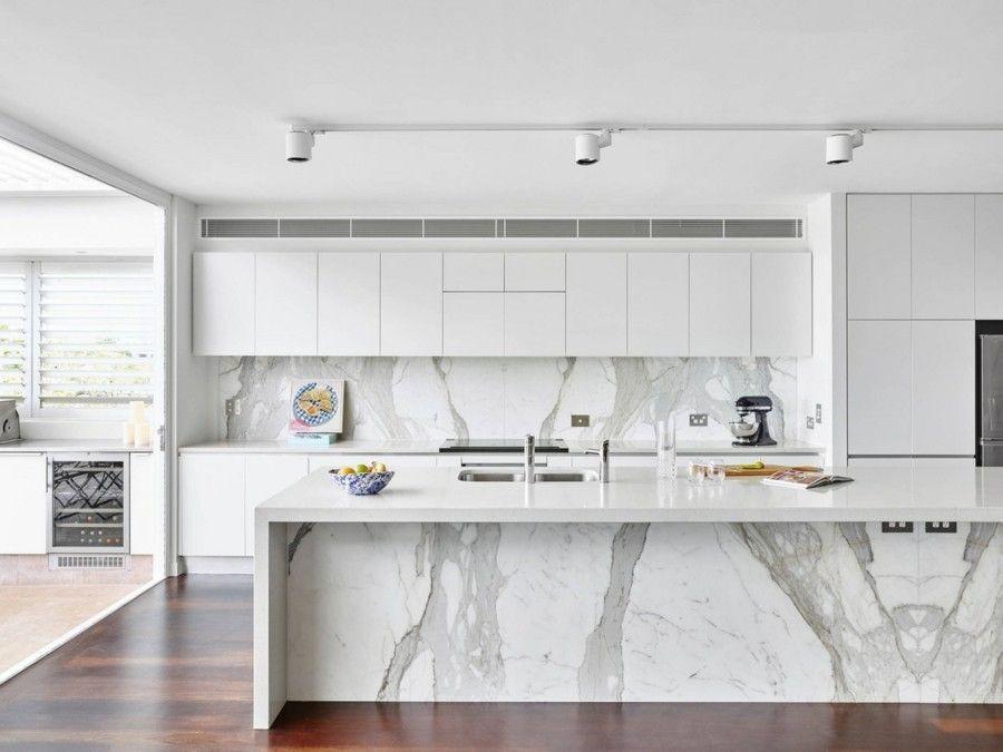 einrichtung von küchen in weiß und grau - trendomat.com - Weisse Wohnung Futuristisch Innendesign