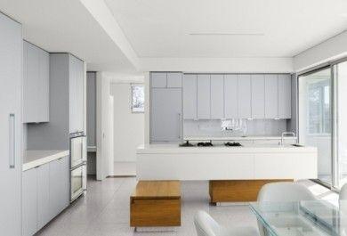 Einrichtung von Küchen in Weiß und Grau - Trendomat.com
