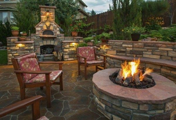 Eine Gemauerte Feuerstelle Ist Ein Echter Eyecatcher Im Garten