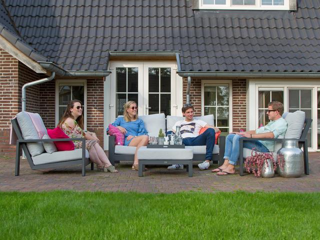 komfortable lounge sets f r ihre entspannung im freien. Black Bedroom Furniture Sets. Home Design Ideas