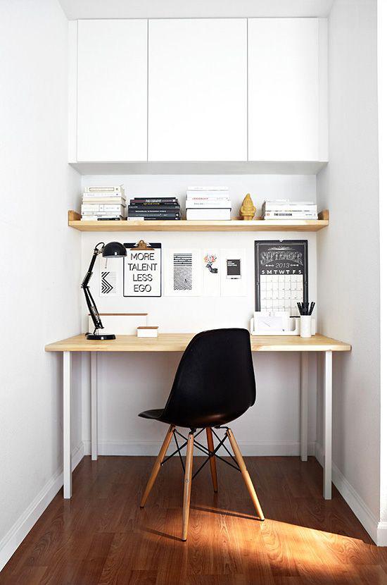 Farben fürs Heimbüro Homeoffice im skandinavischen Stil kleine Arbeitsecke in Weiß
