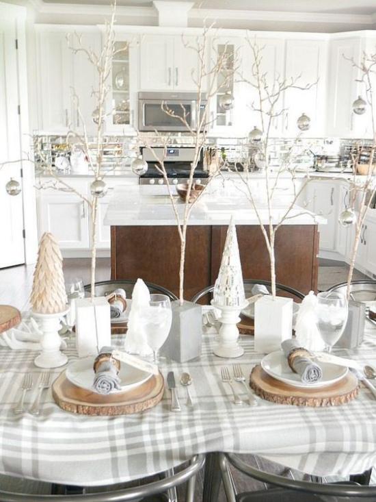 Festliche Tischdeko Ideen zu Weihnachten natürliche Elemente schönes Ambiente